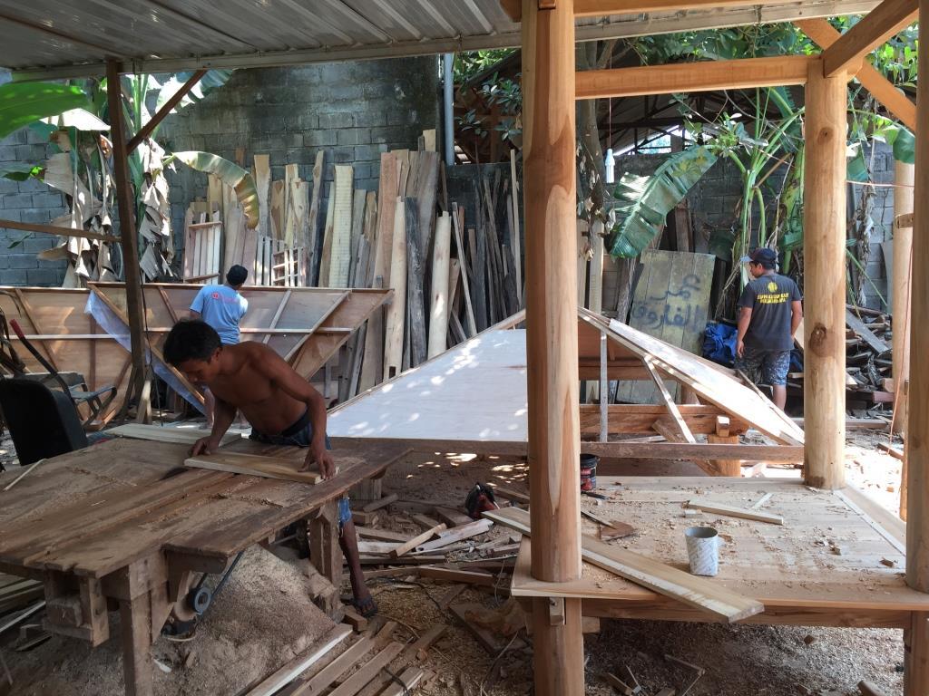 Proses Pembuatan Gazebo di gudang ARINIE GAZEBO √ gambar gazebo di taman rumah
